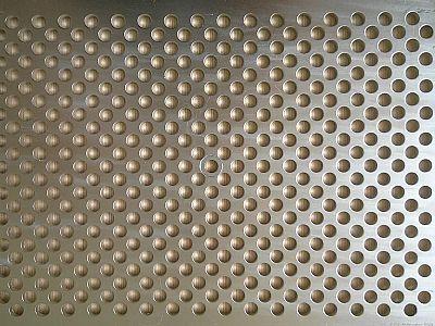 冲孔板冲孔方式用于滤清设备等各行各业